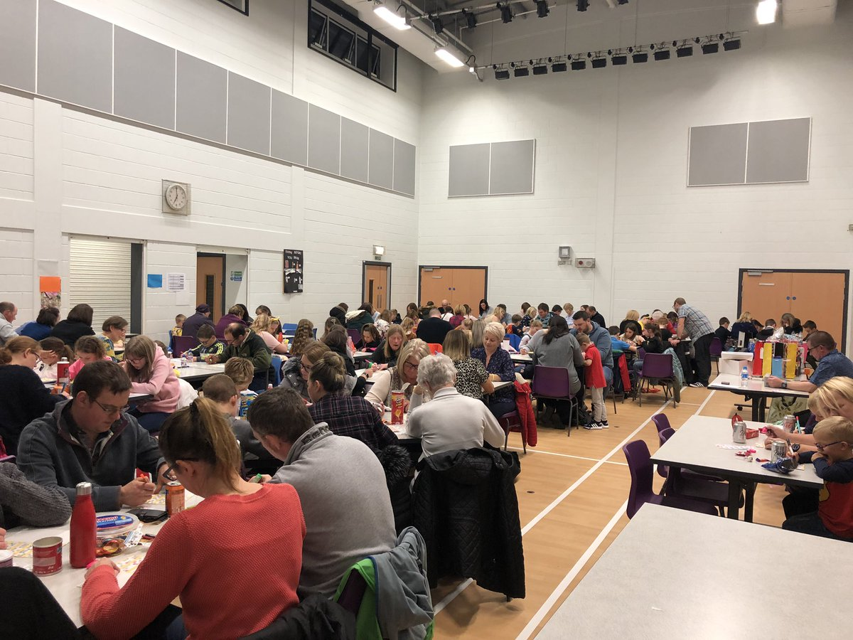 Eyes down! It's our bingo fundraiser night here at @RoseheartySch !