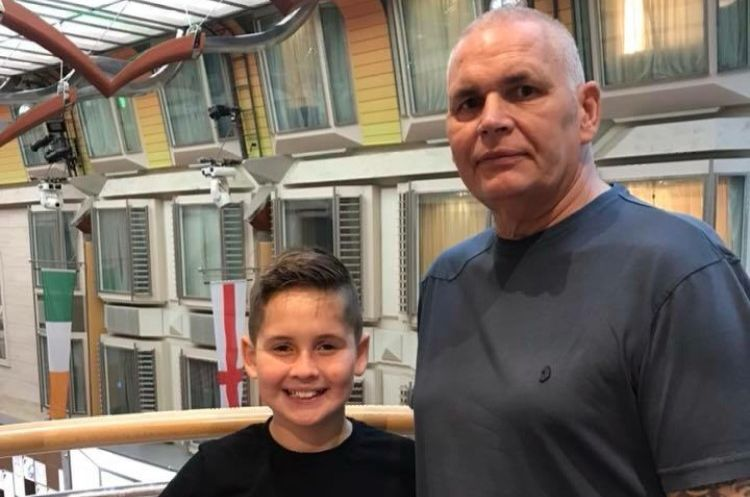 Louie organised a 5 mile #MarchforMen with friends and family for his granddad who has recently been diagnosed with prostate cancer. He set out to raise £100 and has now raised over £1200! Thank you so much, you smashed it! 💪💙 Organise your own march: bit.ly/2z2bxHw