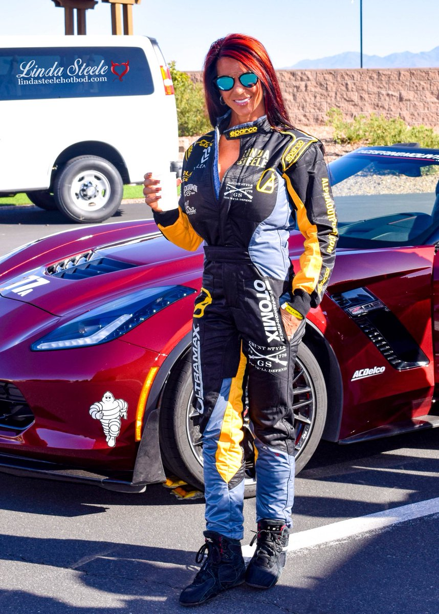 "These really were Fun Shoes!  Have a great weekend!  Also don't be fooled by the fake Linda Steele twitter account that was just created. It's missing the last ""e"" in Steele. #teamsteele #fitnessmodel #corvette #fitnessmotivation #FridayFeeling #funshoefriday #staypositive<br>http://pic.twitter.com/EMcaJU16Km"