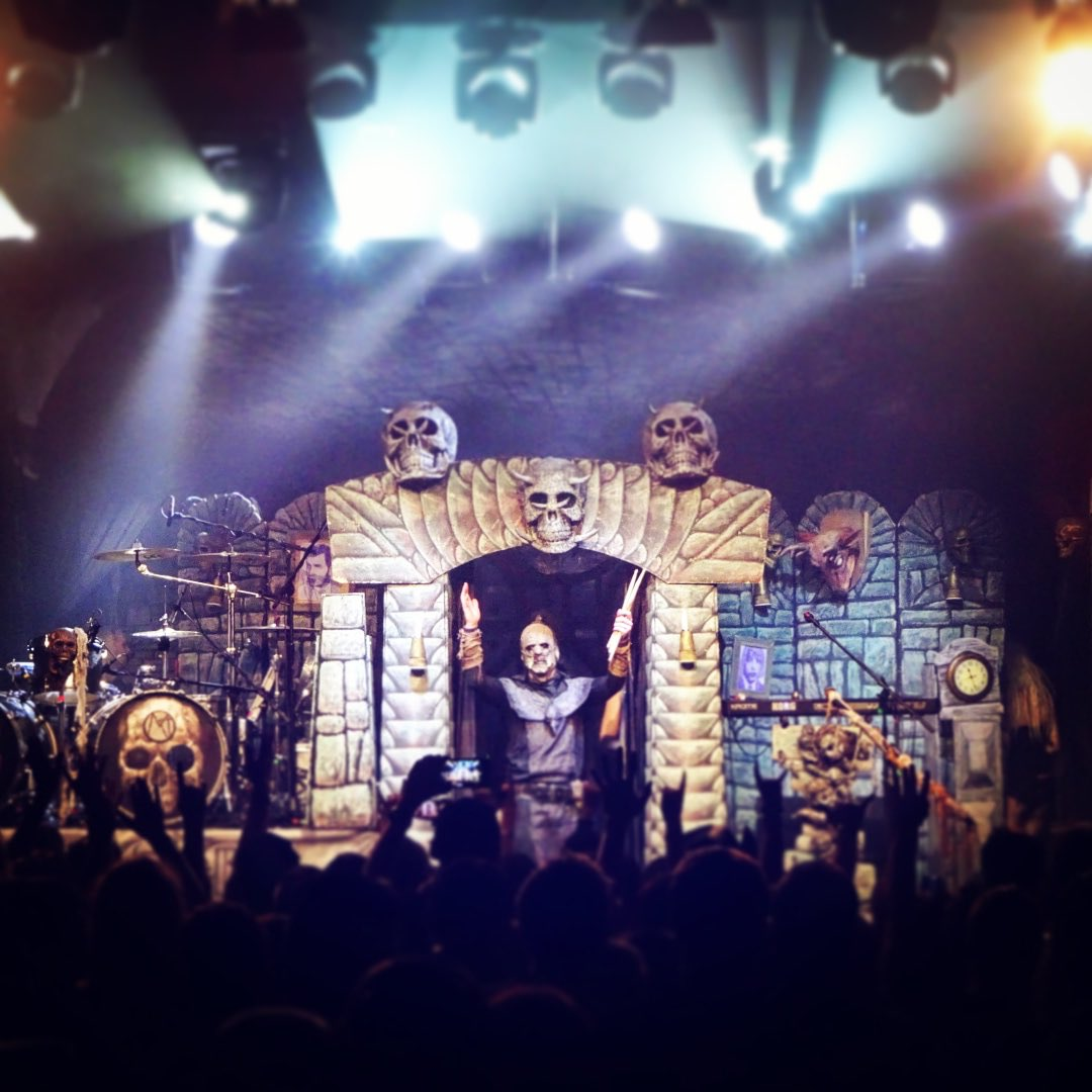 Thank you Dresden! Hell is soon about to rise in Leipzig!  📷 Hanneke Jacobs #lordi #sexorcism #dresden #leipzig #germany #live #metal #hardrock #music #monsters #horror #finland #music #sextourcism #sexyzone https://t.co/REM6EPdDBw