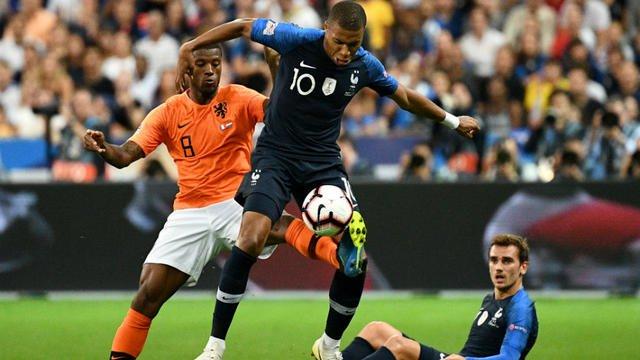 Suivez en direct le match Pays-Bas - France bit.ly/2Q4bYLc