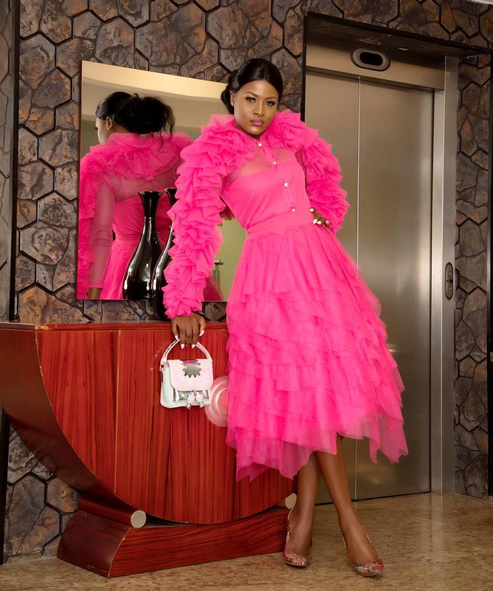 #BBNaija's Alex Pulled Off the Hottest Pink Looks atthe 'Project Pink Blue' Fundraising Dinner!  https://www. bellanaijastyle.com/asogwa-alexand ra-project-pink-blue/?utm_source=dlvr.it&amp;utm_medium=twitter &nbsp; … <br>http://pic.twitter.com/zQBM2w3ev6