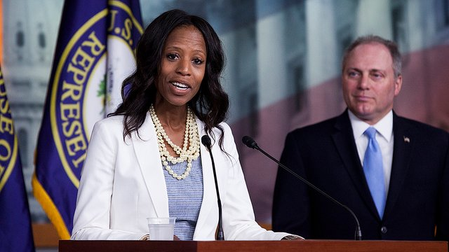 Judge tosses out Mia Love's lawsuit to halt vote count in race she's losing https://t.co/50SMp5FojD https://t.co/Et8TSrizEj
