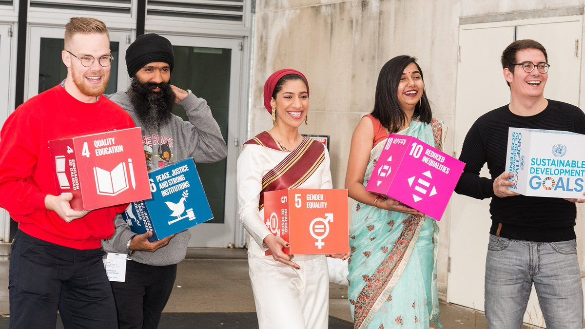 #CreatorsForChange visited the @UN for #ToleranceDay! They brought their to-do list with them so they wouldnt forget anything. Watch their work here: goo.gl/Y1DPBq.