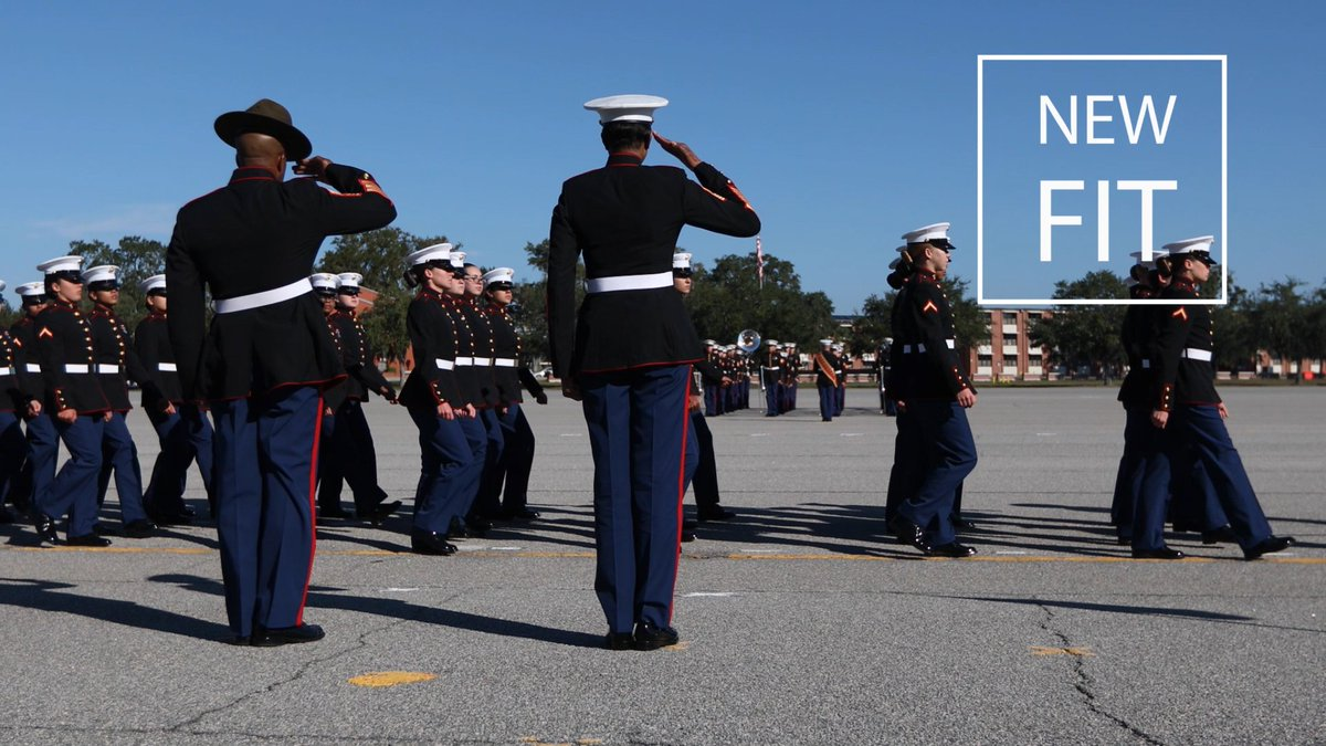 Today, the first female Marines graduated from @MCRDPI with the new dress blue uniforms.  All female Marines must update their uniforms by September 2022.