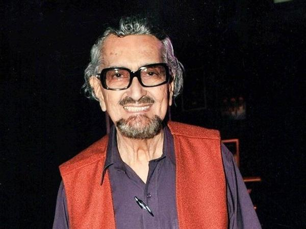 Popular theatre personality and ad guru Alyque Padamsee breathed his last in Mumbai today at the age of 90  READ: https://t.co/W65f82tdqC
