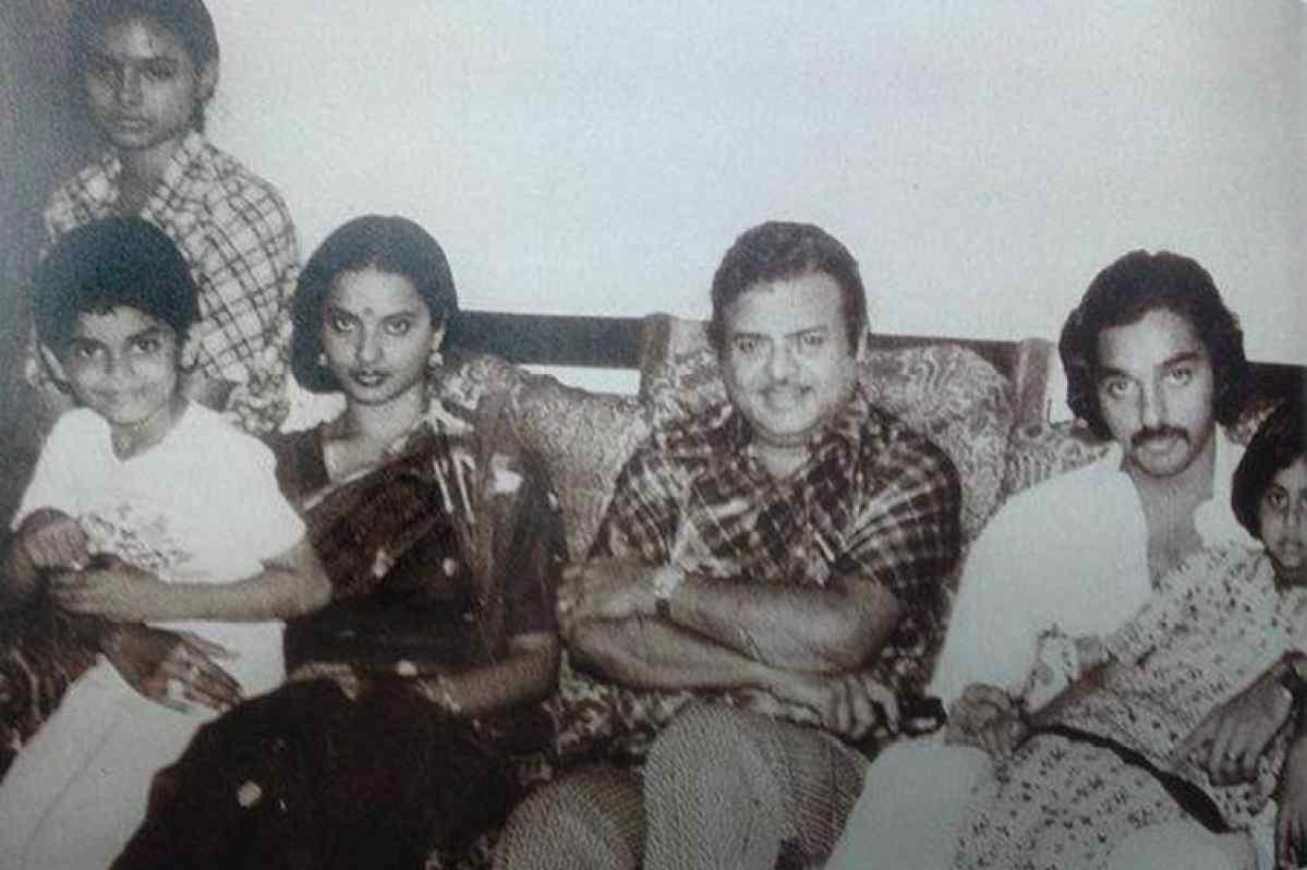 "Movies N Memories on Twitter: ""Tributes to the King of Romance, one of the  biggest Superstars of Tamil Cinema, Hindi/Regional actor legendary  #GeminiGanesan ji on birth anniversary ???? With daughter #Rekha ji"