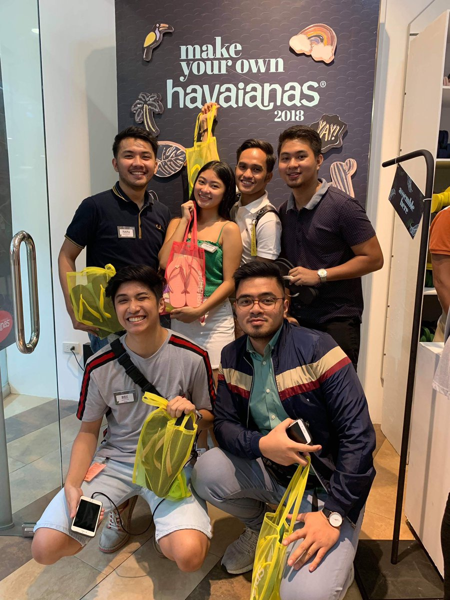 67ad24ab3 Members of Team Ala Eh make their own pairs of Havaianas at SM City Lipa!