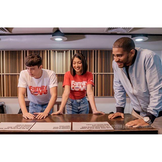 James and Nadine with music producer Marcus Davis #familyislove<br>http://pic.twitter.com/zY5yVZ6LnN