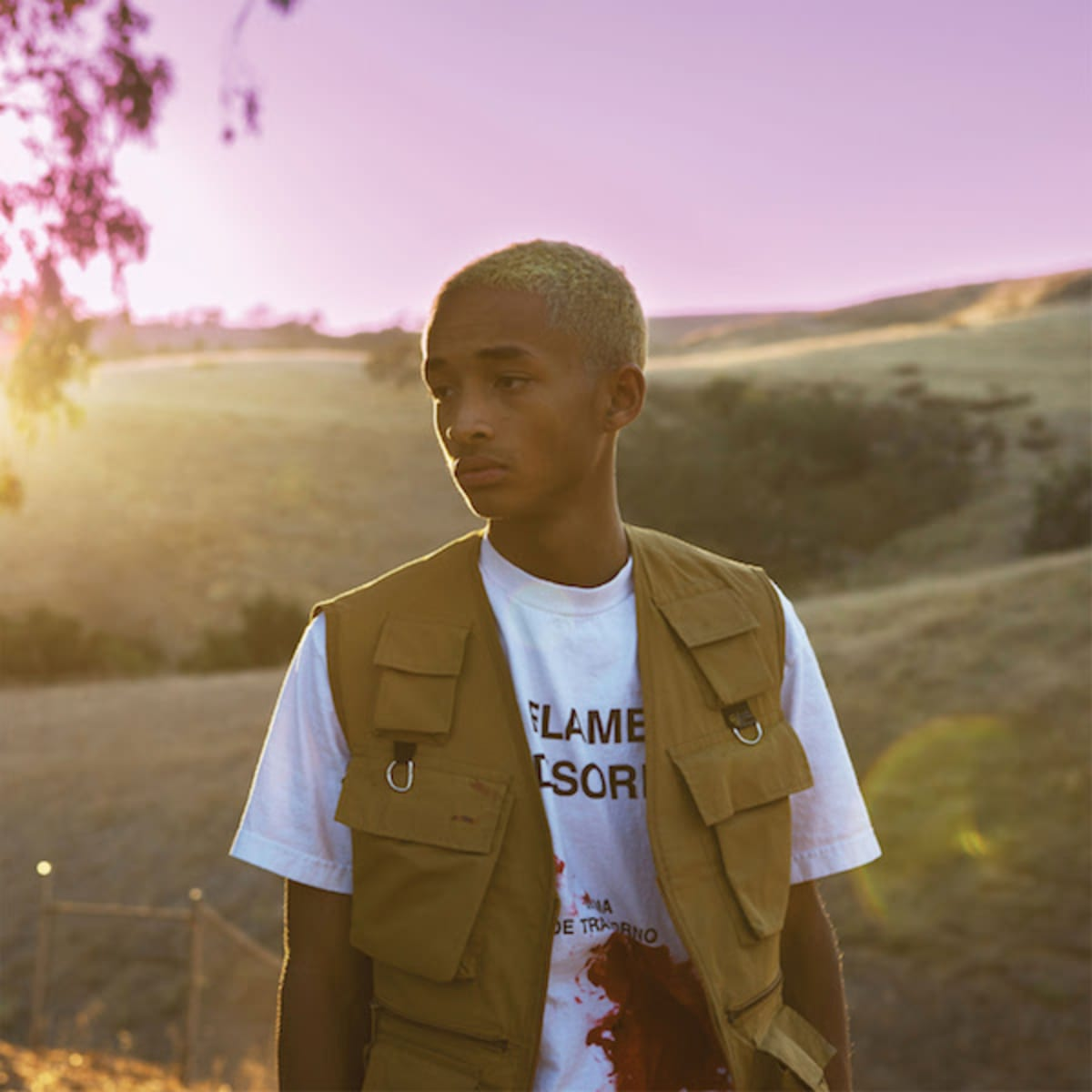 .@officialjaden drops new project The Sunset Tapes: A Cool Tape Story. trib.al/ARgQkOI