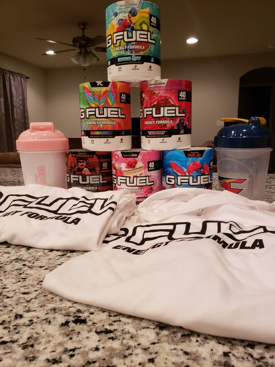 GFUEL TF UP. did you know @GFuelEnergy is having a huge black-friday presale? use code BLACK33 :] thanks for the supply drop!