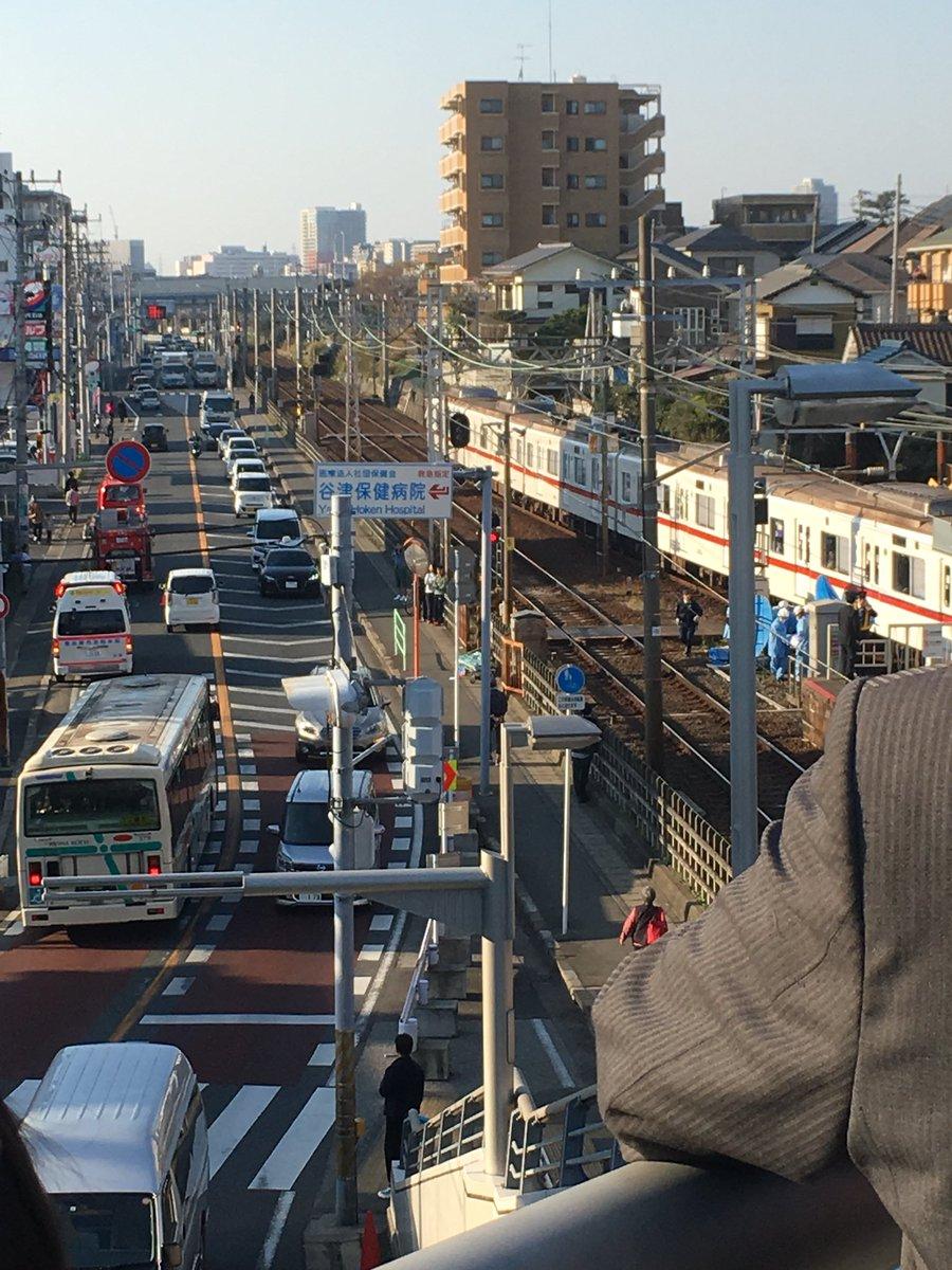 京成線の船橋競馬場駅付近の踏切で人身事故の現場画像