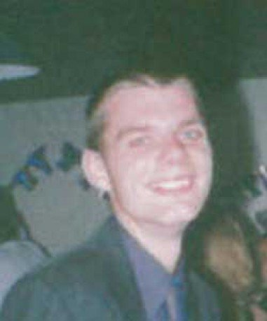 Today marks Glyn Taylor's 39th birthday. Glyn was 21 when he went missing from #Spalding #Lincolnshire in July 2001. Our thoughts are with Glyn's family and friends at this time. Glyn, if you're reading this, we're here for you #findGlynTaylor  http://www. misspl.co/cg5I30mE85I    <br>http://pic.twitter.com/tgTUzqfRUL
