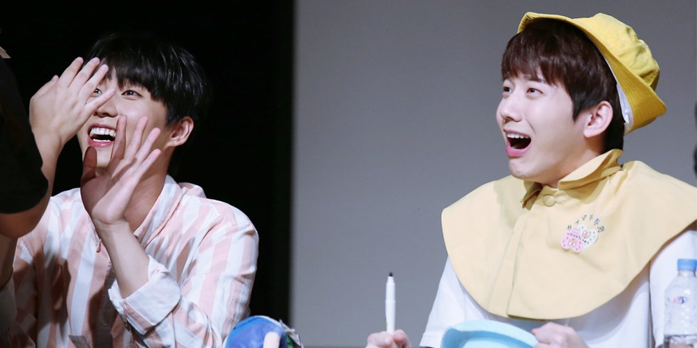Which idol's method of trying to get a fan to come up for their turn at a fan sign is your favorite? https://t.co/qXPBrUwHiS