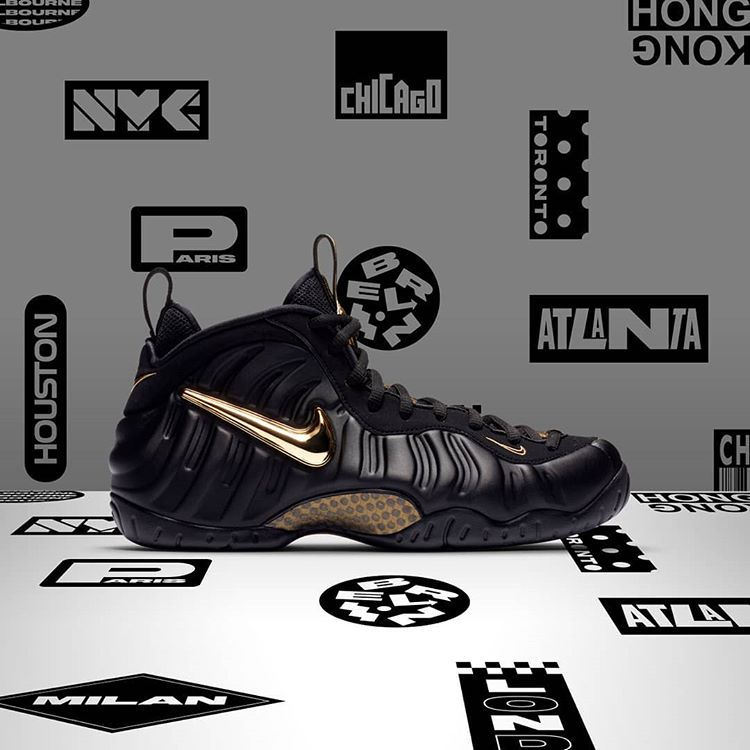 5bdef76260faf Nike Air Foamposite Pro Black Gold LIVE at Foot Locker UK! Link    http   bit.ly 2OO8vMc pic.twitter.com nlCfQmutmu