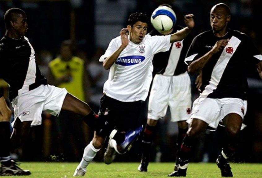 Meu rival favorito? Corinthians tem relação de céu e inferno com o Vasco https://t.co/v07KKXncDn