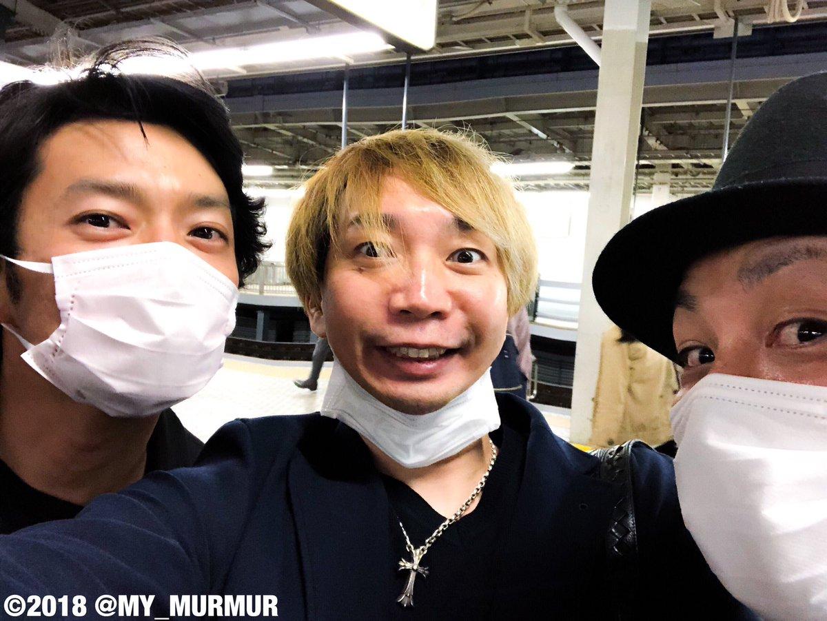 なかなかツッコミ入らないので痺れを切らして(笑)なぜか新幹線の駅でよく遭遇する気がする同い年の津田健次郎ッ!