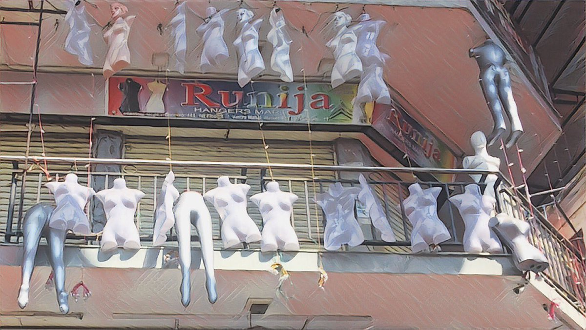 Installation of hanging torsos. #Kochi on a hartal day.<br>http://pic.twitter.com/IZBw1Cq9VB