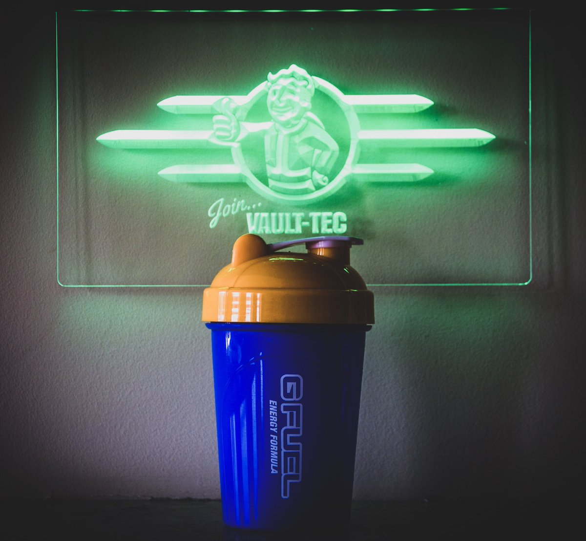 Scrounging the wasteland for stimpaks and purified water right now. Hbu? #GFUEL x #Fallout76 gfuel.ly/2S10QMs 👍