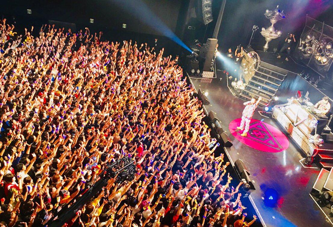 サイプレス上野とロベルト吉野ライブ@ヒプノシスマイクinオダイバ!!ありがとうございました!!今月28日にはニューアルバム「ドリーム銀座」も発売で、よっしゃっしゃっす!#サ上 #ロ吉 #ヒプマイ