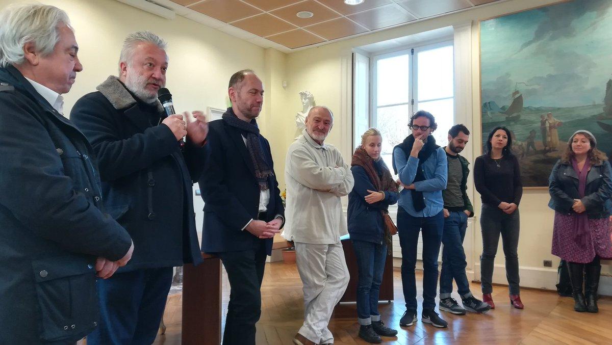 Inauguration #SPaCe Saison 1 à #Montlhéry Découvrez un parcours artistique étonnant à travers 8 communes @ComParisSaclay 📣Quand l'art contemporain investit l'espace public c'est SPaCe 👍 #CatherineBaas #AuroreFouchier #BorisChouvellon #Coskun https://t.co/YLz1ij75uW