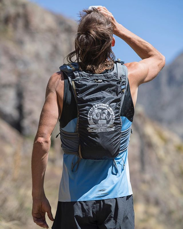 Looking for a new 100+ mile trail running race vest for next season? Check out the UD Hardrocker ultramarathonrunningstore.com/Ultimate-Direc…