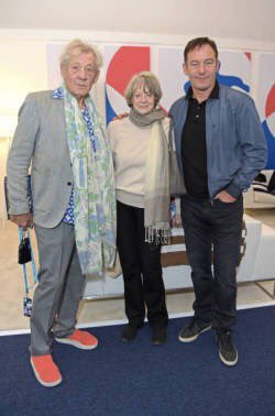 RT @violetscrawley: Tennis attracts the best fans. Ian McKellen, Maggie Smith, and Jason Isaacs. https://t.co/f3PQOAYBT8
