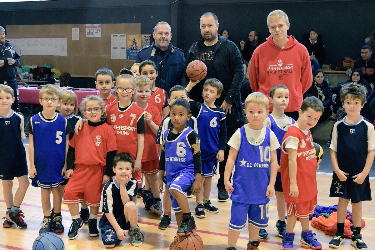 Je félicite l' E.S Henin Beaumont Basketball pour l'organisation de son plateau en faveur du #Téléthon. Bravo à notre club ! 🏀