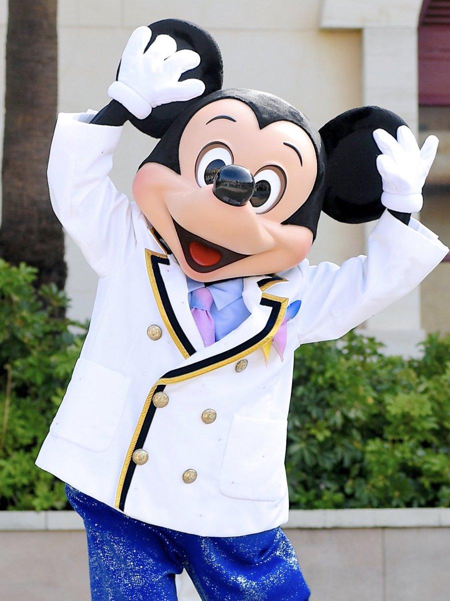 ミッキーは1928年11月18日に『蒸気船ウィリー』でスクリーンデビュー、本日90周年!お誕生日おめでとう☆