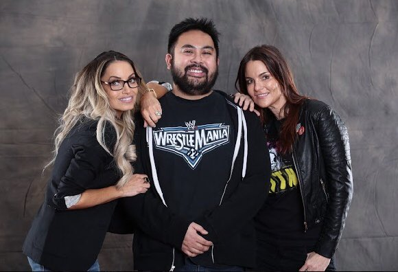 After 2006 when they retired, thought I'd never see them again, let alone meet them. Thanks for coming out @trishstratuscom & @AmyDumas to @DaysOfTheDead13! #TeamBestie #WWEHOF #WWEEvolution #RAW