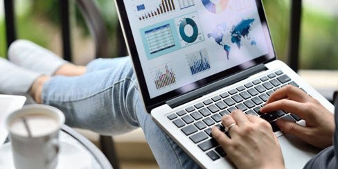 7 Essentials for Any 2018 Digital Marketing Strategy ---> https://t.co/0suT2Wi0YZ https://t.co/4pbaLTYBTL