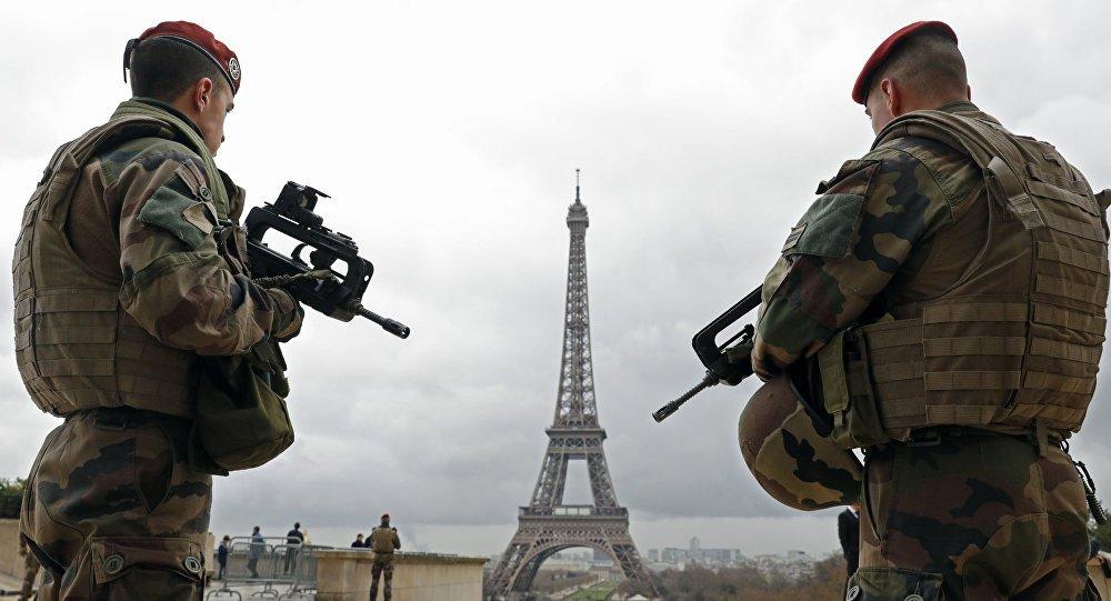Rússia adverte para 'ilusão' sobre avanço da ideia de Macron sobre exército europeu https://t.co/bM25EwBZr9