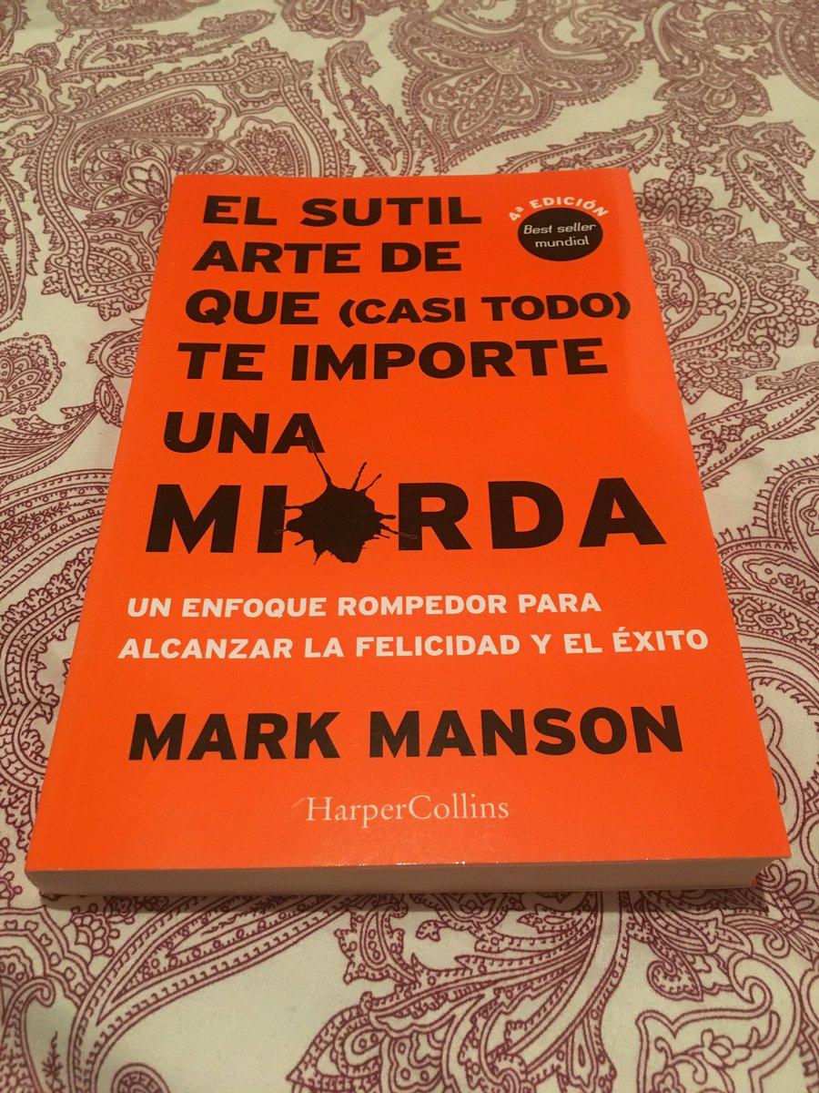 ¿Funcionará? 🤷🏻 ♀ #elsutilartedequecasitodoteimporteunamierda #markmanson  #books #LeerEsVida