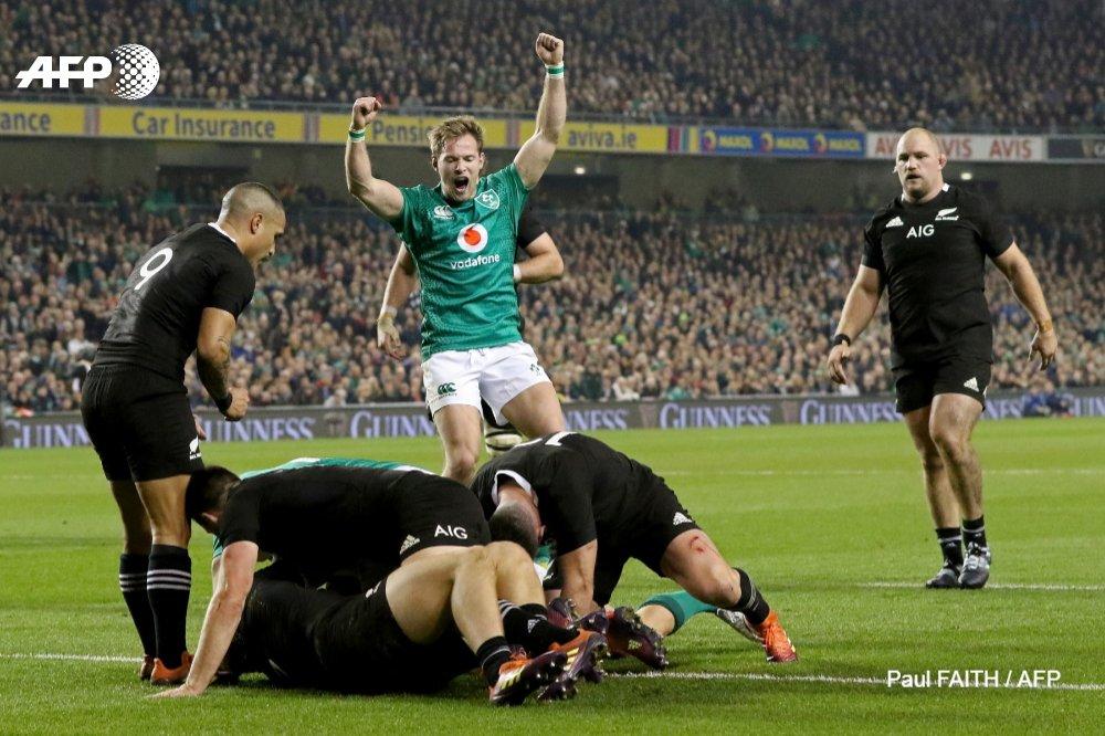 Rugby: l'Irlande bat la Nouvelle-Zélande pour la deuxième fois de son histoire (16-9) #AFP #irlnzl
