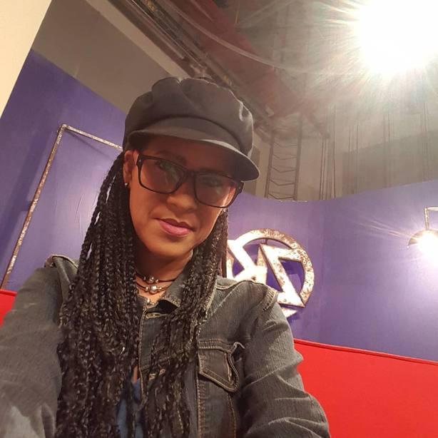 [VIDEO] Conductora de Zurda Konducta: Los aguinaldos no alcanzan para nada https://t.co/PCLd1w2VvF  https://t.co/g8piWOyiAv