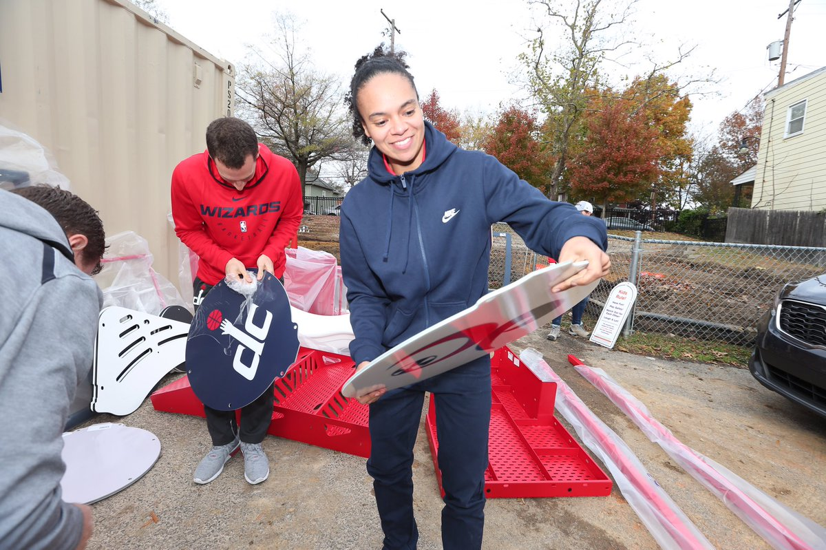.@KristiToliver & @T_Cloud4 joined the @WashWizards coaching staff & @MSEFndn to help build a playground with @kaboom this morning. #TogetherDC