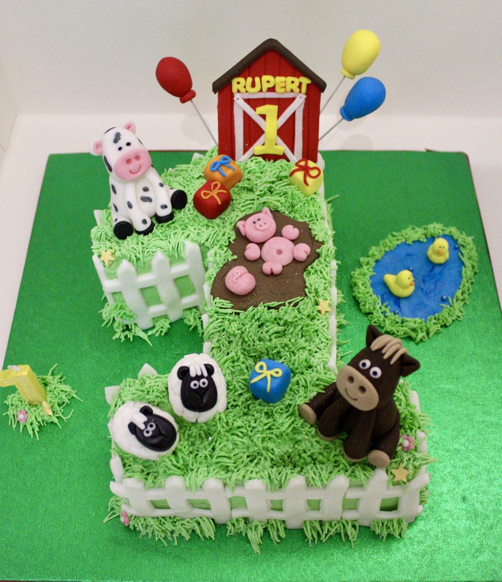 Brilliant Belles Cakery On Twitter A Farm Themed Cake For A 1St Birthday Funny Birthday Cards Online Sheoxdamsfinfo