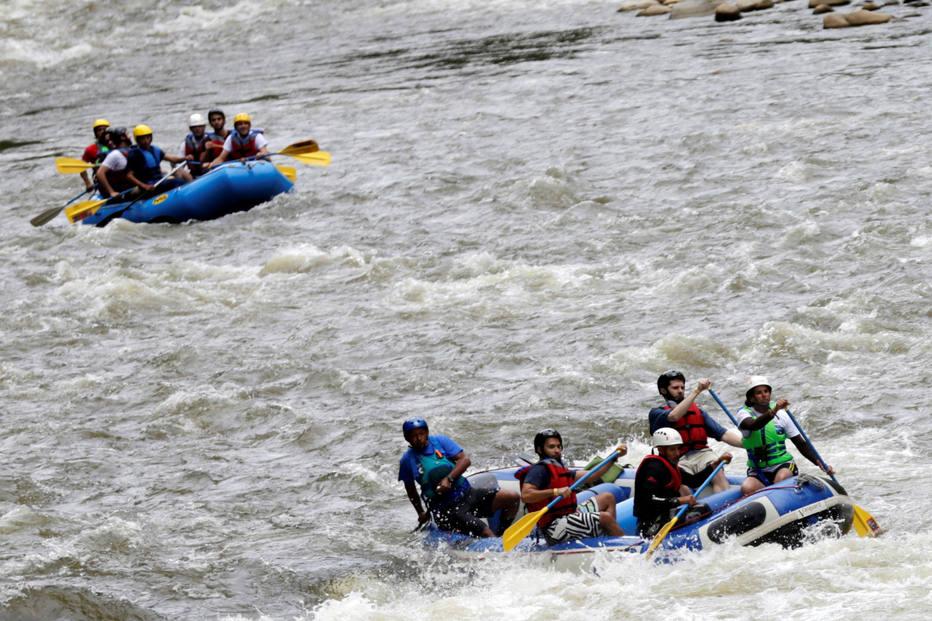 >@EstadaoViagem Das armas ao turismo: ex-rebeldes das Farc viram guias de rafting https://t.co/XrMiZM89hz