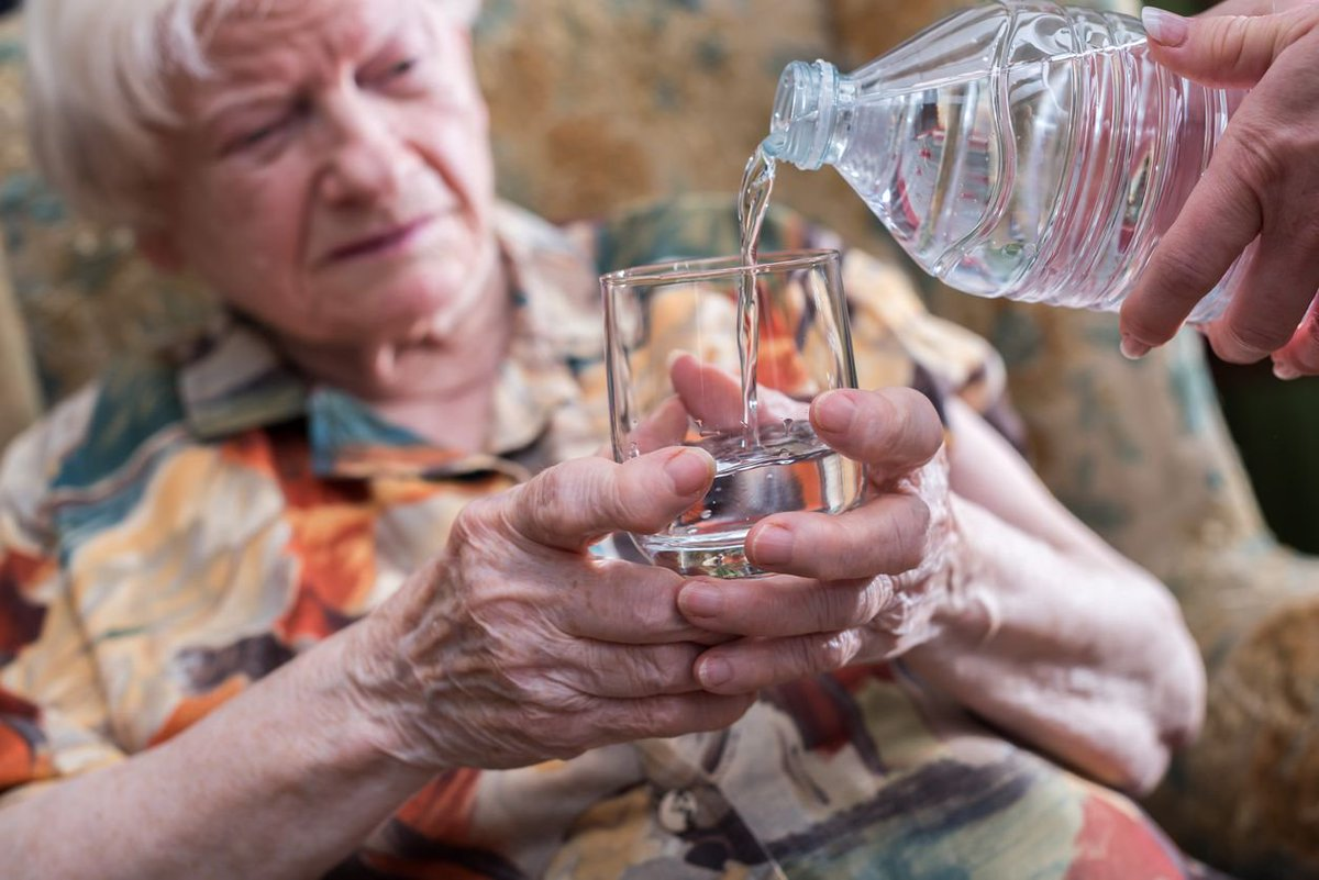 Detienen a un homeópata que drogaba a sus pacientes poniéndoles más agua en el agua https://t.co/jCioPMH5pq