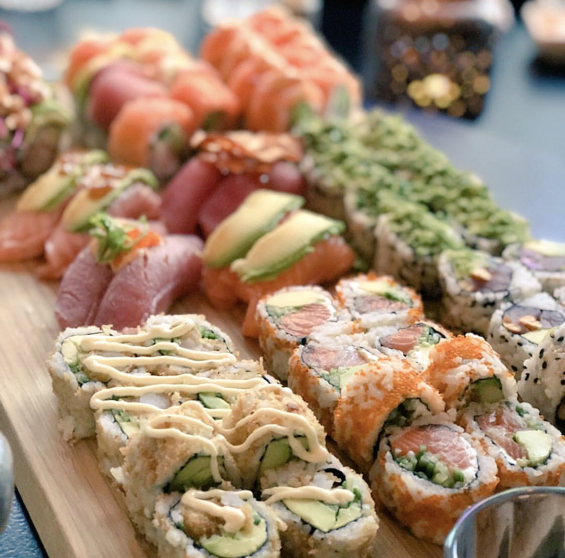 Sushi Mood on Saturday Night   #food #foodie #sushi #sushilovers #sushishop #satyrdaynight<br>http://pic.twitter.com/EScxfaic2w