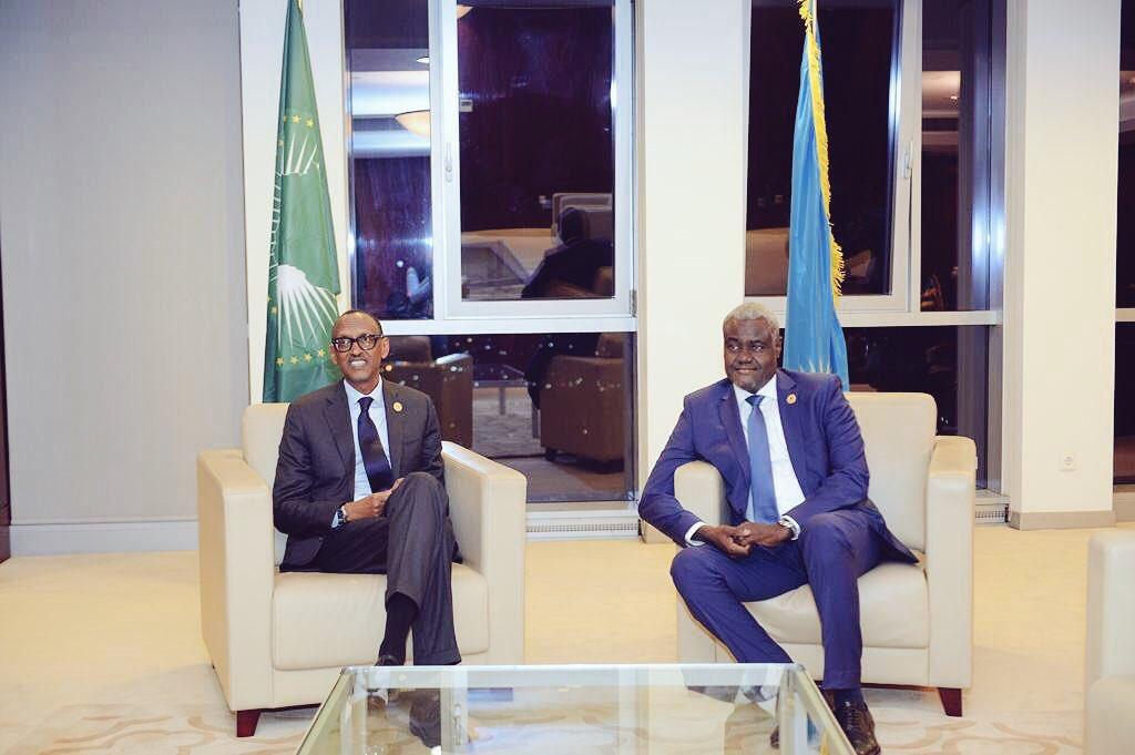 President Kagame and @AUC_MoussaFaki at the #AUSummit on #AUReforms