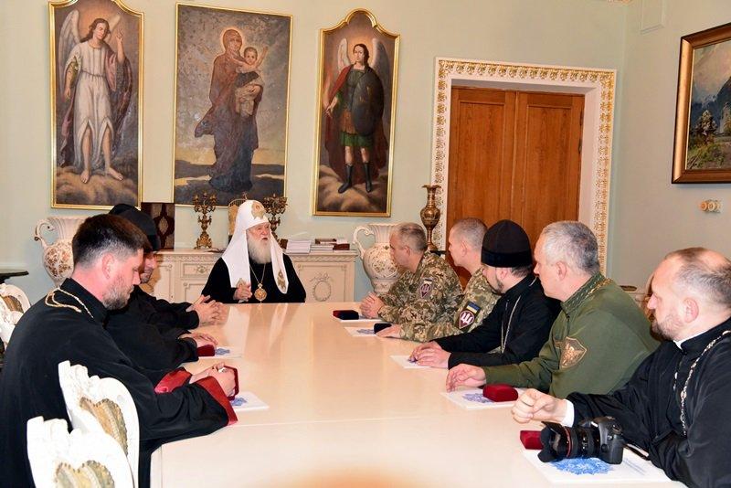 Патріарх Філарет провів зустріч з представниками Десантно-штурмових військ Збройних Сил України