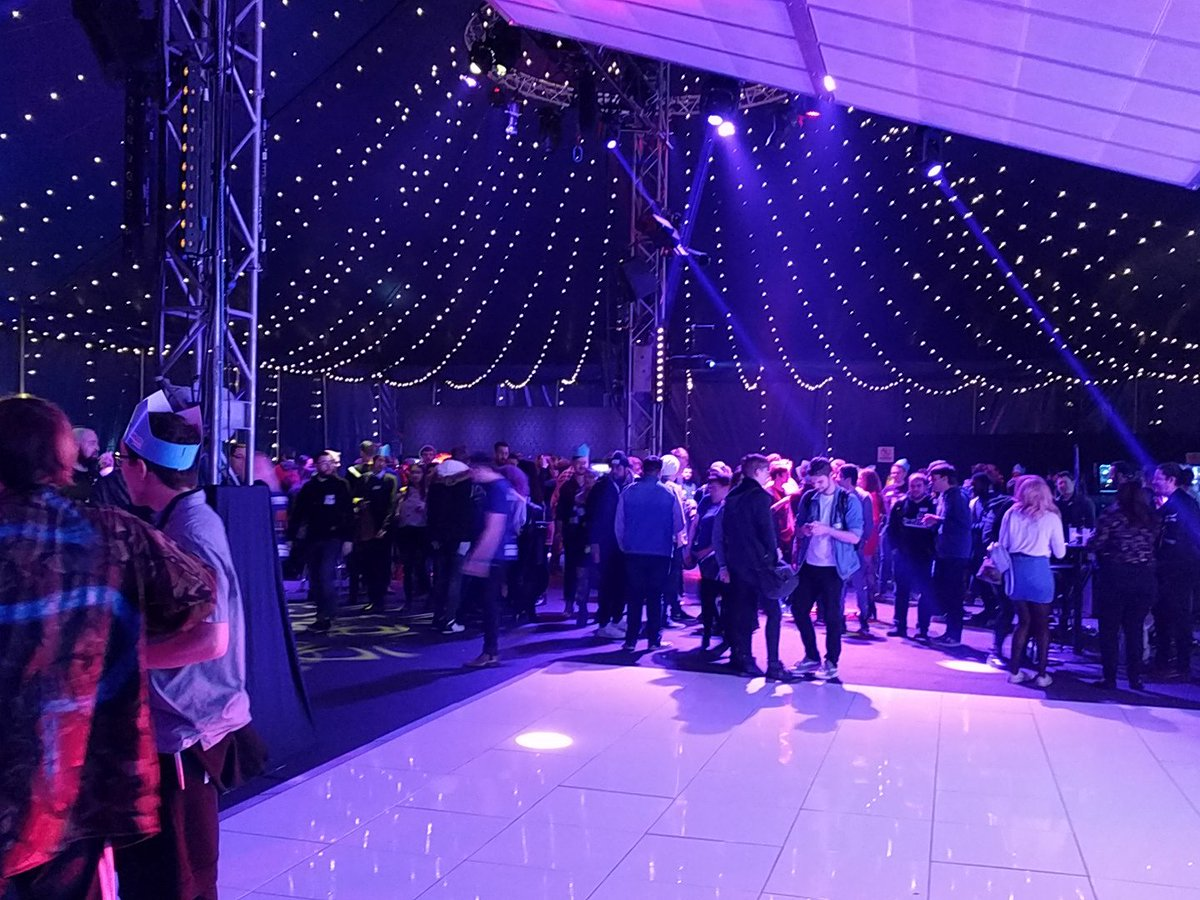 at the @TwitchLondon event, its very purple in here. we are supporting @WDC_Gaming here at the event with our latest @Scan_3XS systems and @WD_UK NVMe SSDs https://t.co/SmAoLsAqtg