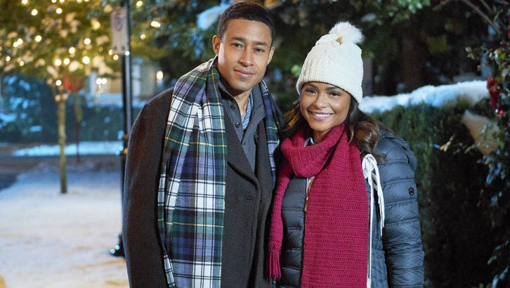 You guys know I love making Christmas Movies! Can't wait till the premier of #MemoriesofChristmas on @hallmarkmovie Dec 8th at 8pm! You're gonna love this one! It's a charmer!