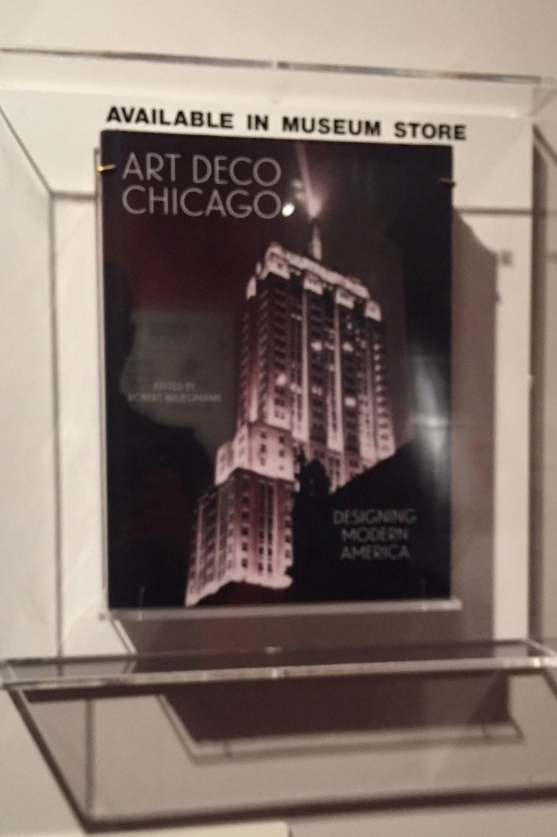 Great job @ChicagoMuseum on the new streamlining exhibit! Also a shout-out to the great new @chicagodeco book