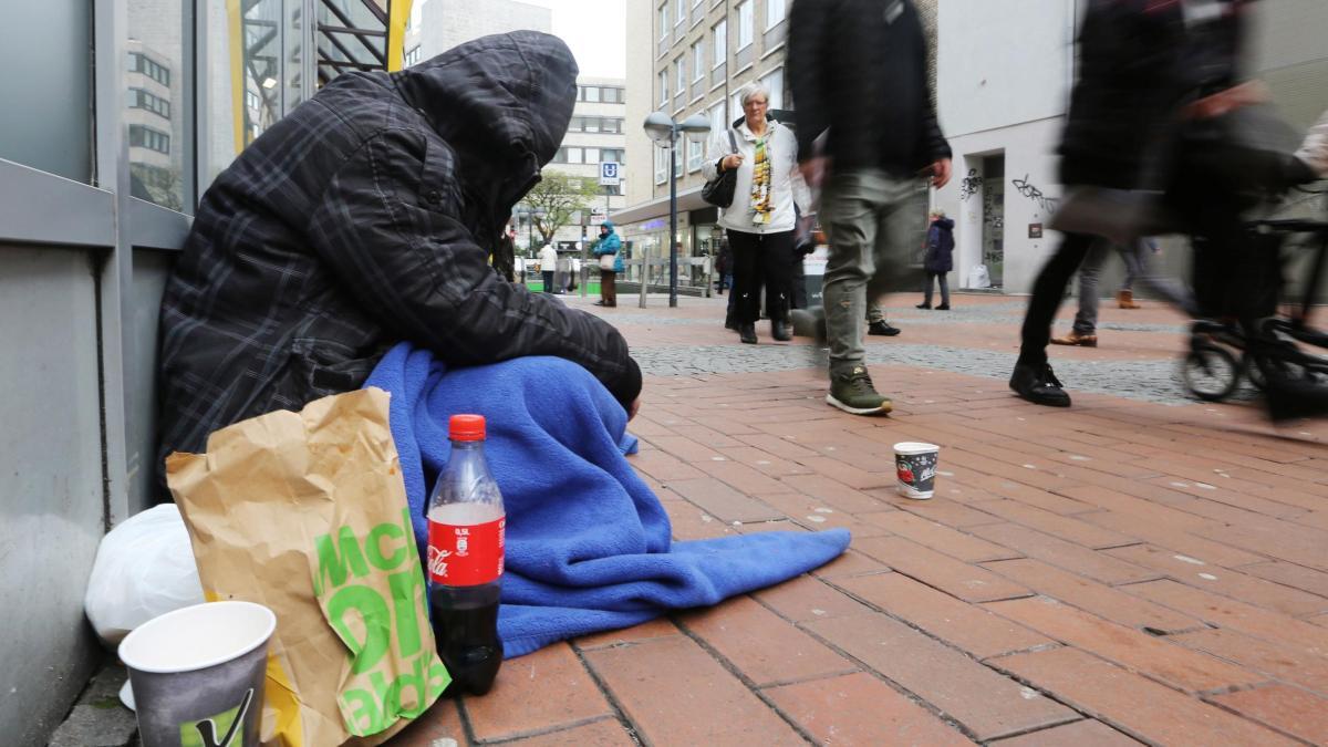 Dortmund verteilt Hunderte Strafzettel an Obdachlose https://t.co/CsoZifxTyy