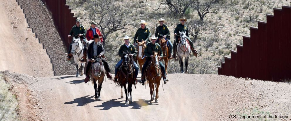 Immigration arrests at U.S. national parks and other federal lands spike dramatically under Pres. Trump, with some 4,010 immigration-related arrests alone since May. https://t.co/8y7rhwXvcR