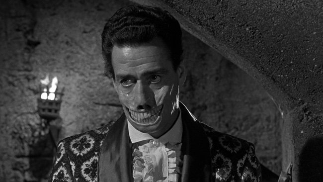 #Svengoolie See you next week for Mr. Sardonicus. but If you gotta go, go with a smile😃 Photo