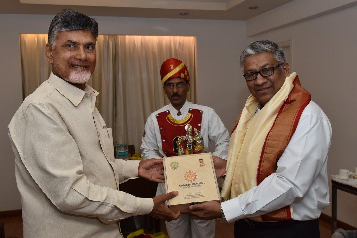 Met with Sri Thottathil B. Radhakrishnan Garu, Hon'ble Chief Justice of the High Court of Judicature at Hyderabad for the States of Telangana and Andhra Pradesh.