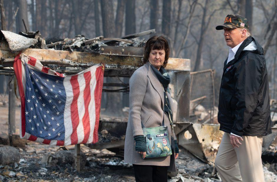 Trump visita a afectados por incendios enCalifornia | La Opinión https://t.co/PXAM5d0WUz